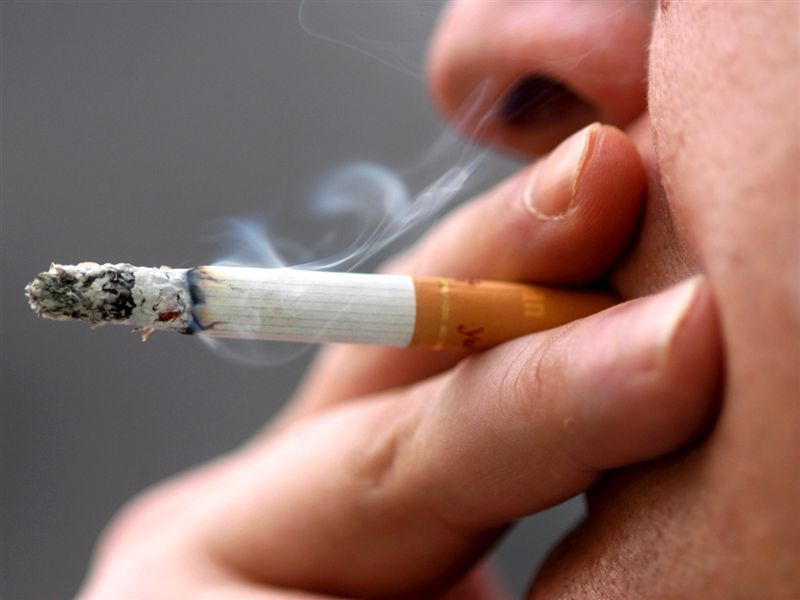 smoking in public the reasons why Have you ever wondered why your smoker friend smokes - 9 reasons why people smoke cigarettes.